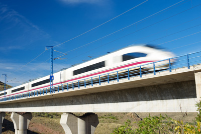 Liquid cooling solutions for high-speed trains