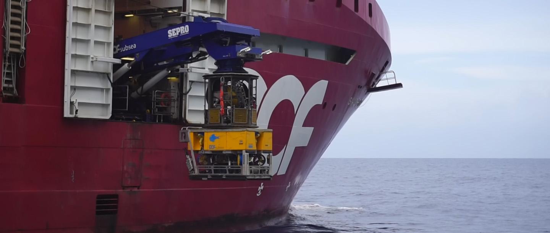 딥오션(DeepOcean)사가 멀티 퀵 커넥트 플레이트로 작동되는 ROV를 이용해 오일 누유를 감소시키는 방법